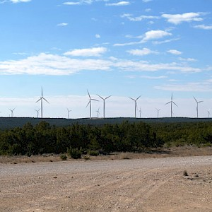 Equinox Restores Wind Turbine At Forest Creek, Texas, USA